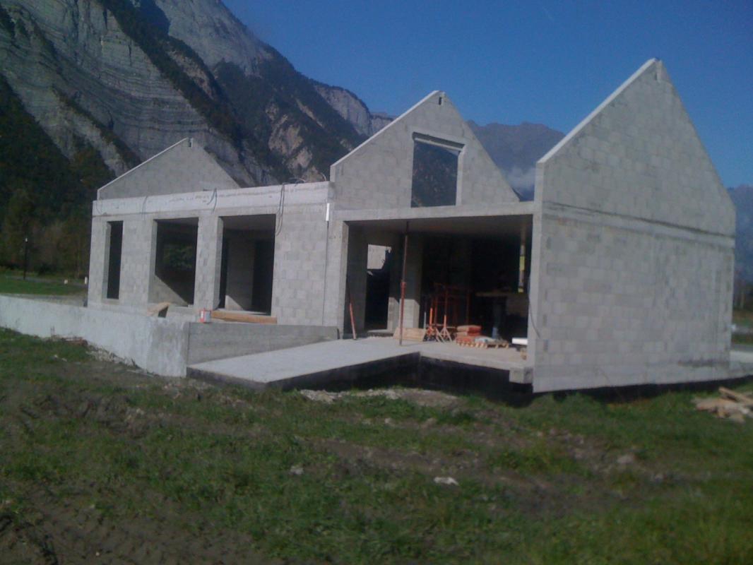Revêtement de façade (avant)